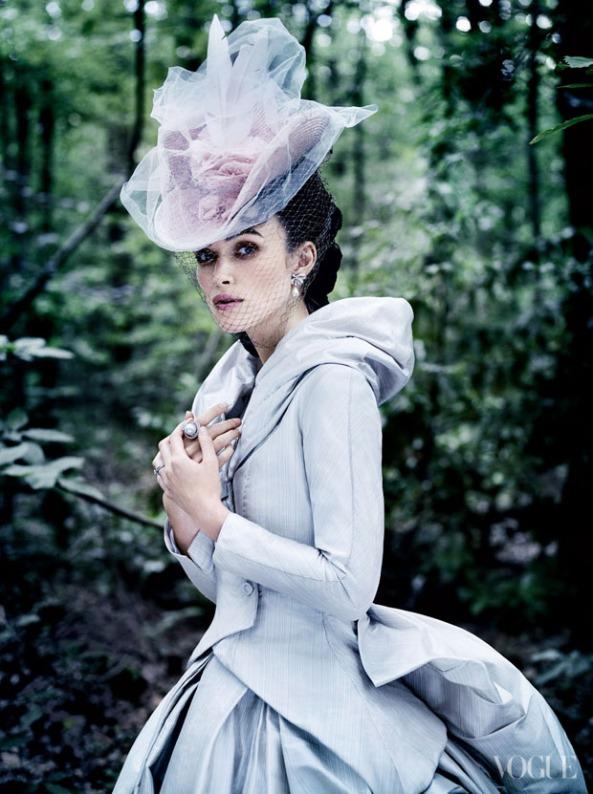 Anna Karenina, fotos de roupas de Anna Karenina, Keira na vogue, fotos da vogue americana, dior, valentino, Chanel, Keira Knightley